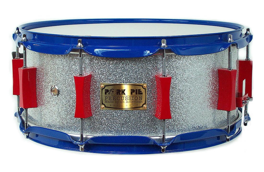 USA Custom Snare: Silver Sparkle Wrap